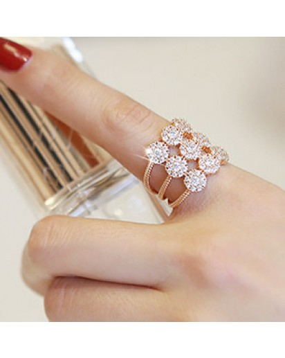 Gorgeous flower ring