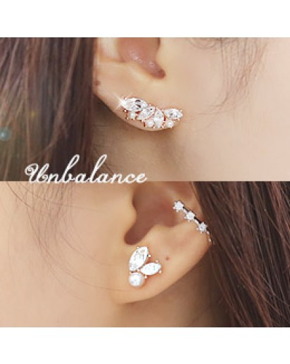 *92.5% Silver POST* Unbalanced leaf earrings