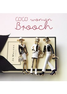 Coco woman brooch
