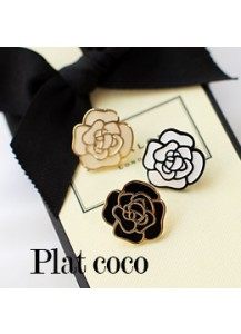 Plat coco earrings [post backs/clips]