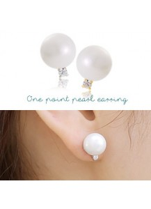 One point pearl earrings [post backs/clips]