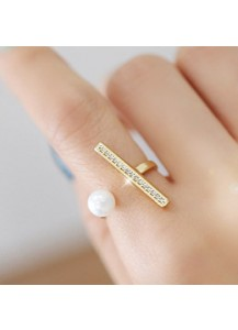 Stick & pearl ring