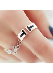 Double T ring